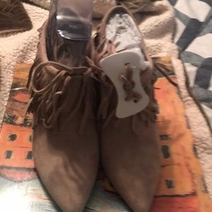 Shoes - Brand new never worn
